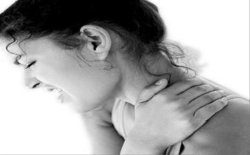 肩膀痛用什么方法可以治疗