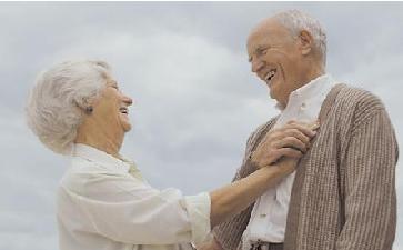 老年人脚部肿胀敬老院如何护理